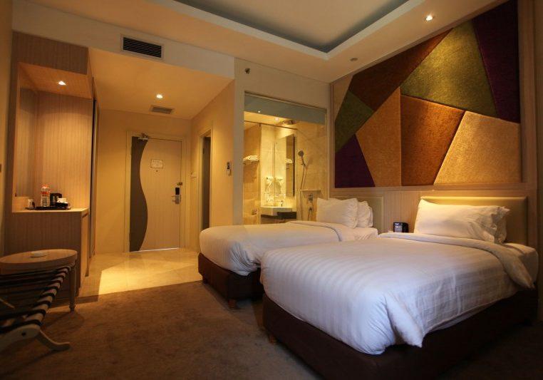 Deluxe Room (1)
